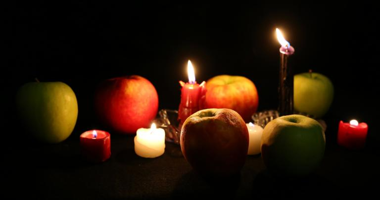 A Fall Equinox Meditation to Collect your Inner Harvest