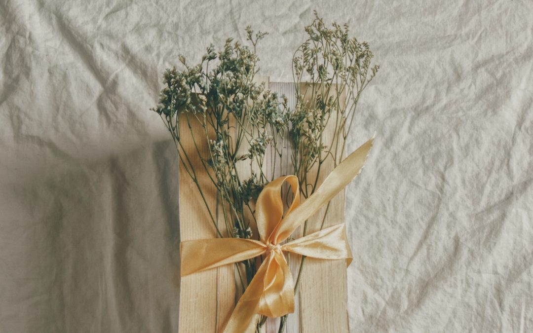 Sustainable Gift Guide for your favorite modern hippie